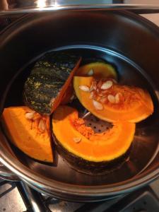 Cozinhar no vapor - desta forma preservamos os nutrientes da Abóbora Cabocha