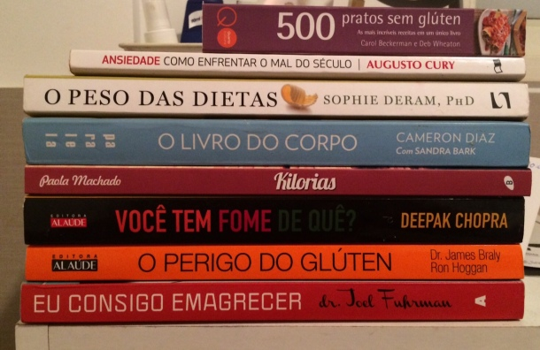 Meus livros do momento! Todos eles ficam ao lado da minha cama!